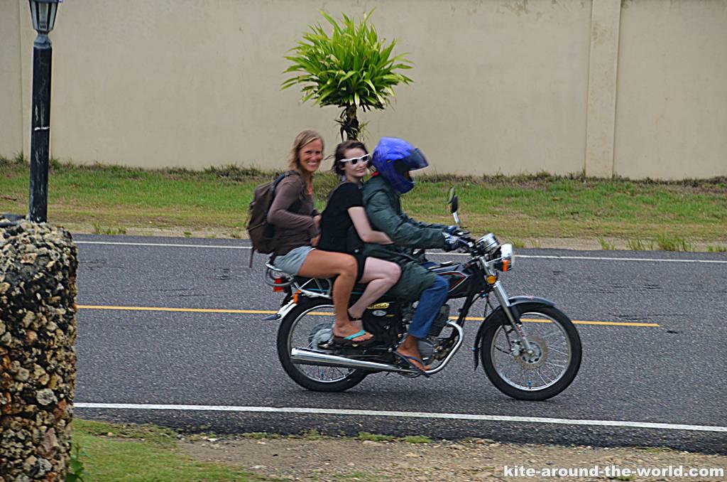 Alle drei auf dem Moto