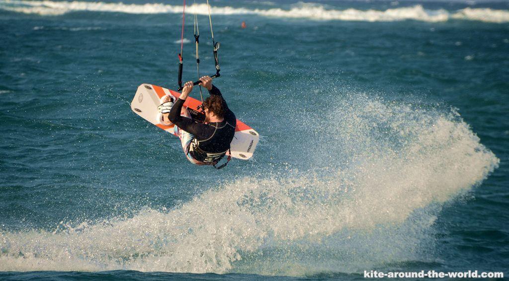 Martin Kite Back Roll und Spray