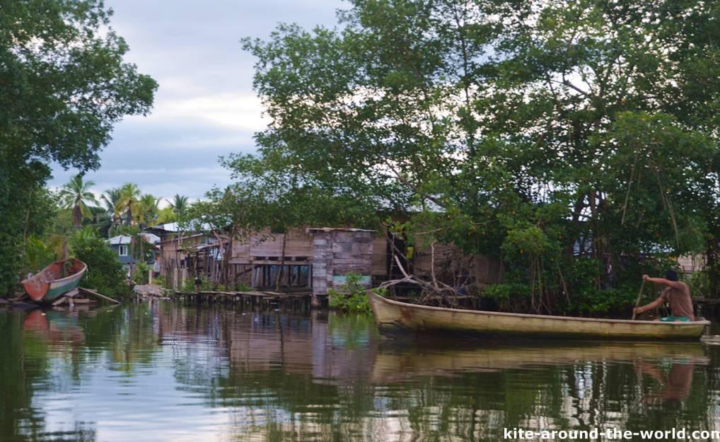 Einheimische Bocas