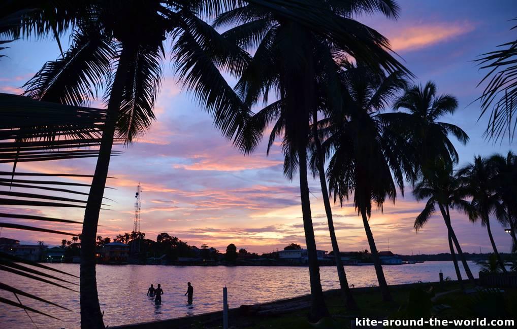 Sundowner Bocas